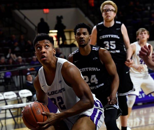 Joe Pleasant eyes the basket during Saturday's Abilene Christian University men's basketball game against Central Arkansas Jan. 26, 2019. Final score was 79-56, ACU.