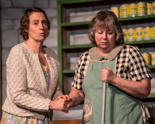 "Michelle Hensel (left) and Jennifer Nielsen play the Osbourne Sisters in ""The Cripple of Inishmaan."""