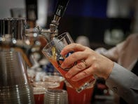Iowa drinkers say they need more than 3 beers to feel drunk, survey shows