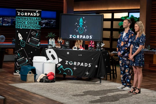 Taylor Wiegele and Sierra Smith pitch their product, Zorpads, during an episode of Shark Tank set to air Jan. 27, 2019.
