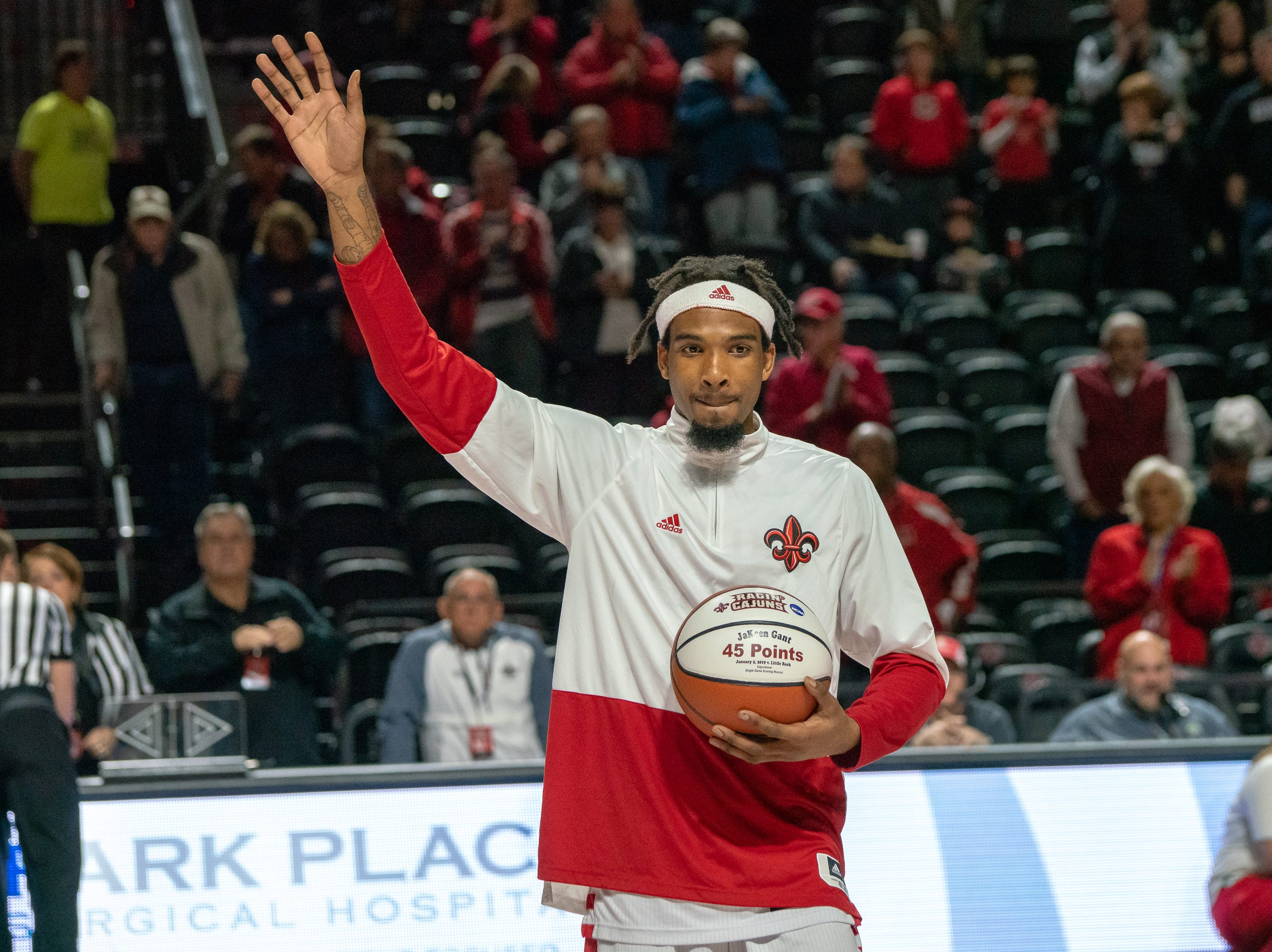 UL's JaKeenan Gant thanks the crowd before the game as the Ragin' Cajuns take on the Troy Trojans at the Cajundome on Jan. 26, 2019.