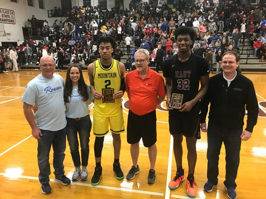 James Wiseman, second from right, and Trendon Watford, third from left, pose after being named co-MVPs at the Hotbed Classic.