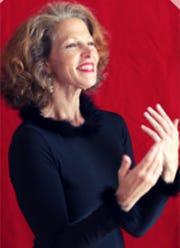 Elizabeth Vander Kamp is a storyteller, teacher, calligrapher, and entrepreneur based out of Birmingham.