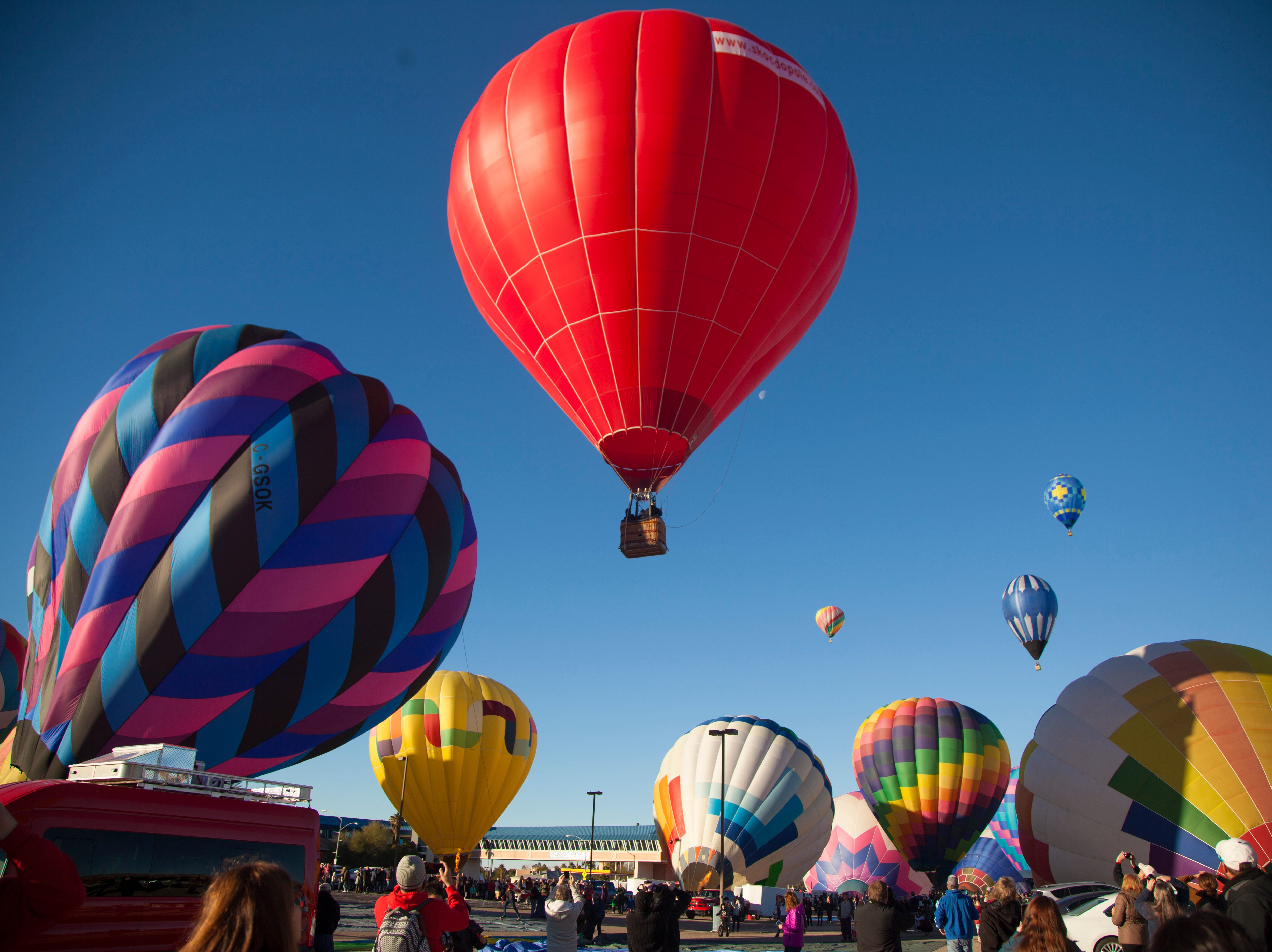 Hot air balloon fans gather at the Casablanca for the annual Mesquite Balloon Festival Saturday, Jan. 26, 2019.