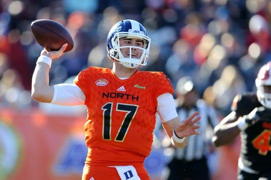 North quarterback Daniel Jones of Duke throws against the South in the second quarter.