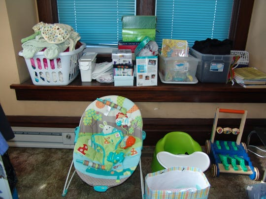 Volunteers and community donations keeps the Pregnancy Distress Center operating. The Sacred Heart Ministry Center gives the nonprofit rent-free space within its building.
