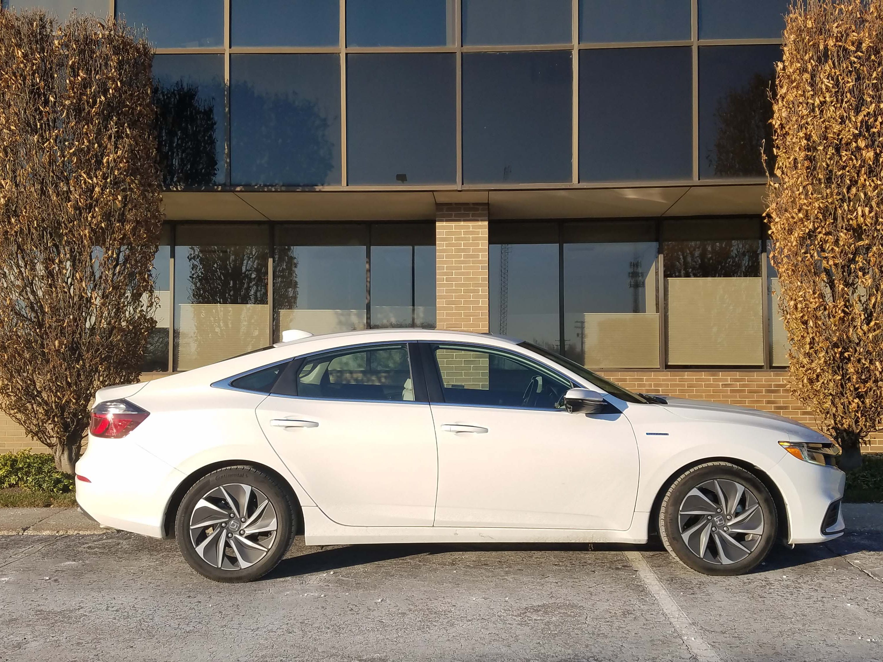 Affordable and handsome, the 2019 Honda Insight can be had for a price similar to that of the more powerful, but less efficient, 1.5-liter turbo-4 Civic.