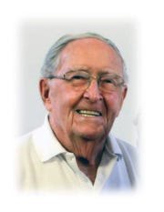 Anthony Flynn, former Green Bay Packers announcer, died at age 92.