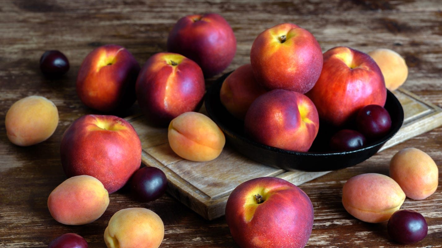 Fresh Fruit Recall Walmart Aldi Peaches Plums Could Have Listeria