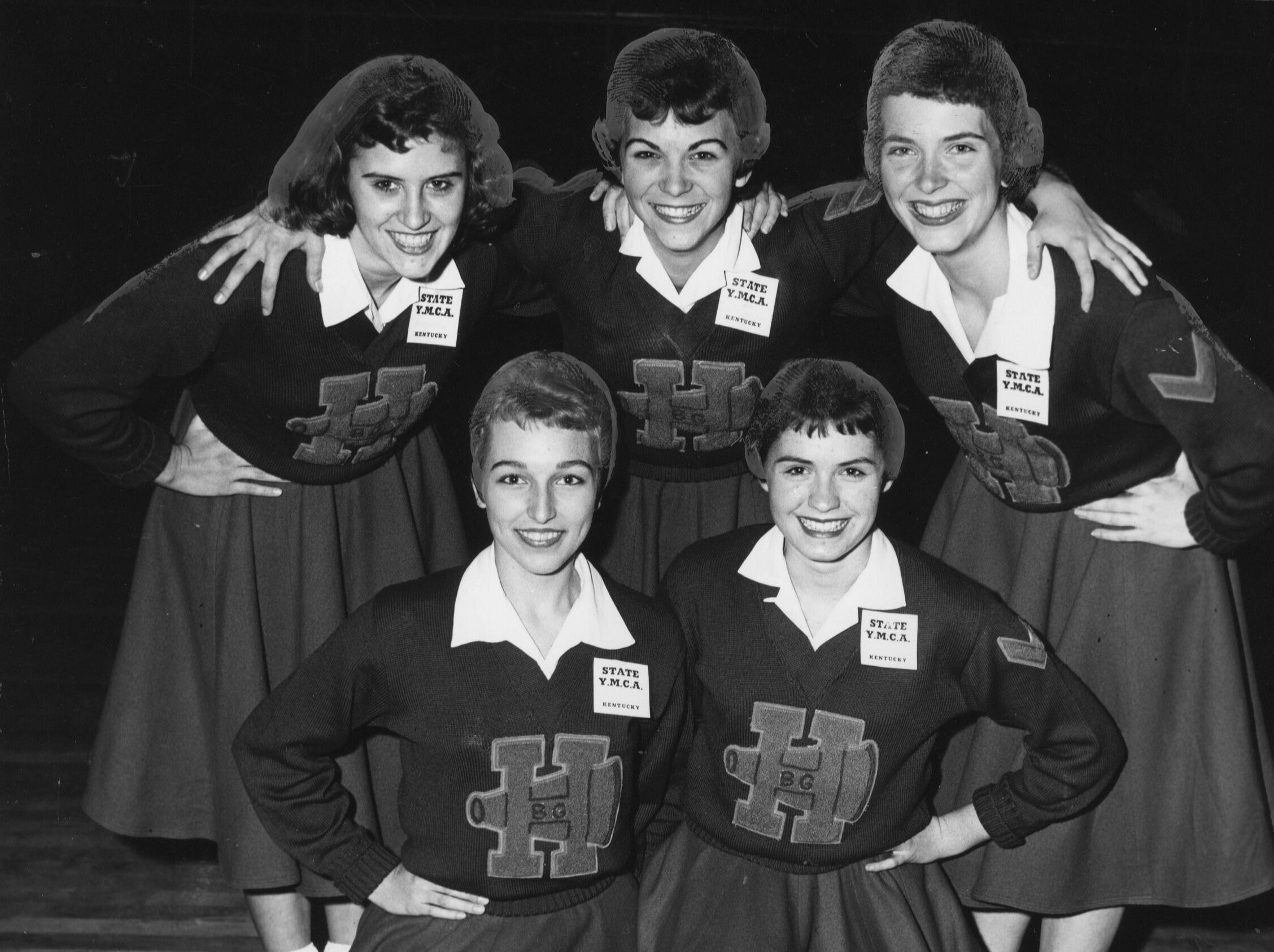 """This Bowling Green quintet was adjudged best at the """"High School Day"""" cheerleaders clinic held Saturday at Murray State College."""