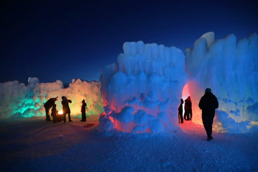 Lake Geneva Ice Castles Closing On Wednesday Because It S