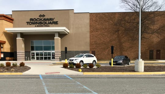 P.F. Chang's China Bistro seeks to open a Rockaway Township location at the Rockaway Townsquare mall.
