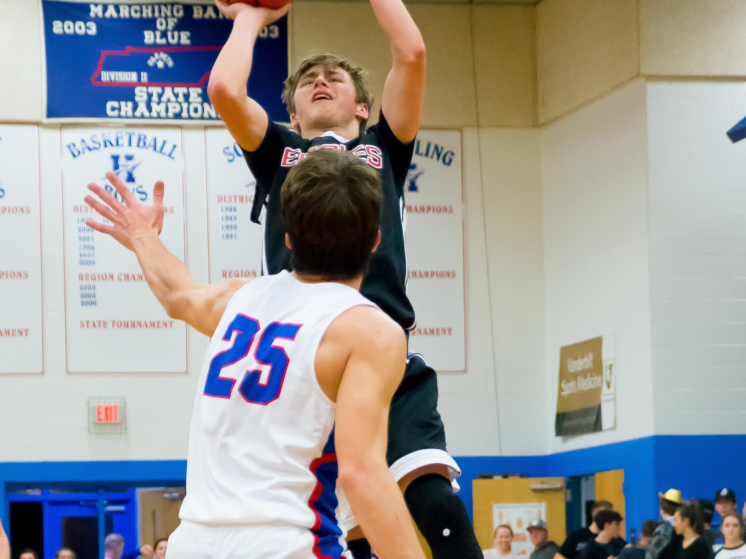Westmorelands Parker Danisan putting up two over Harpeths Grant Patterson.