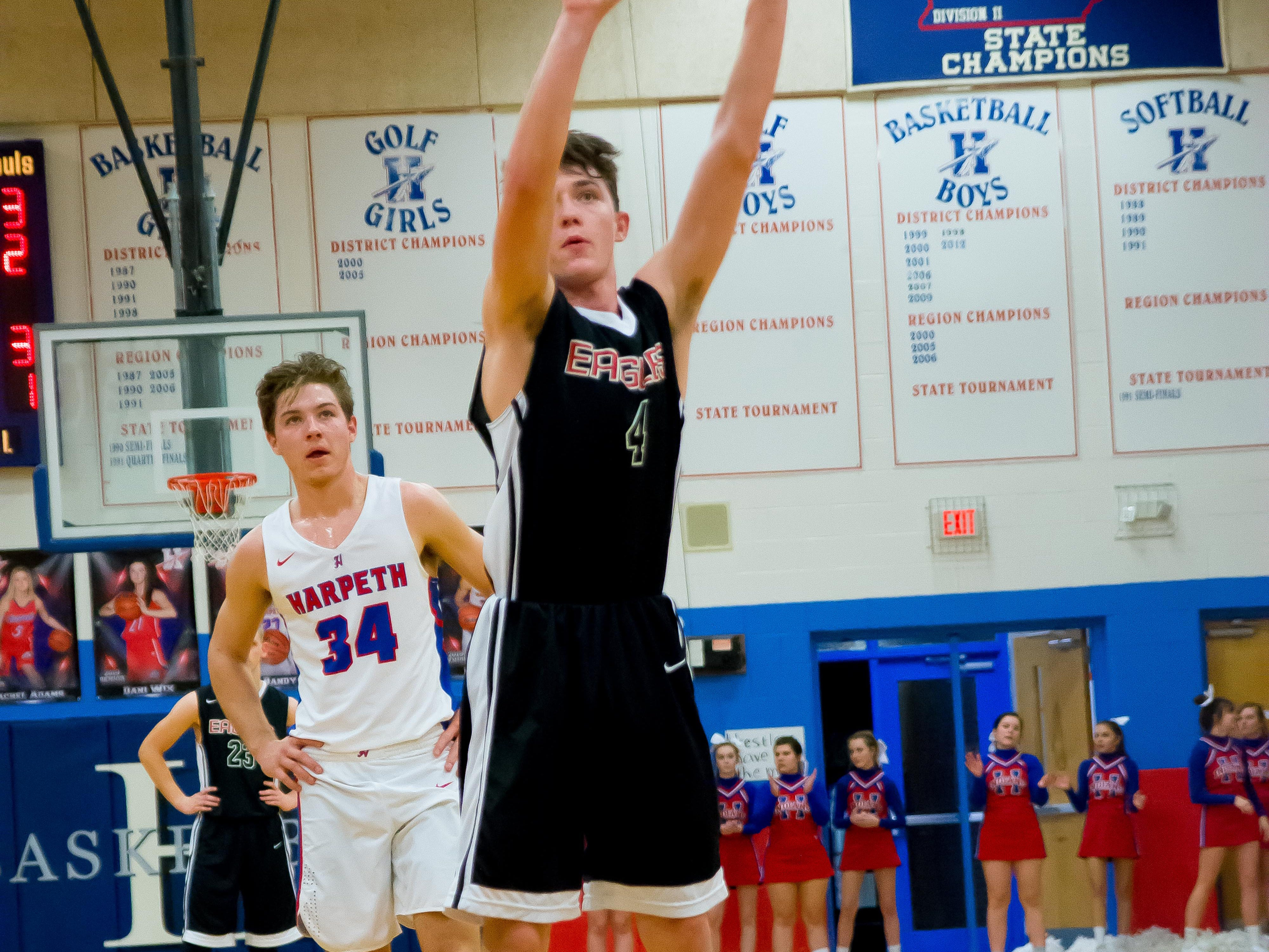 #4 Shooting from the line for Westmoreland is #4 Jace Hebon.