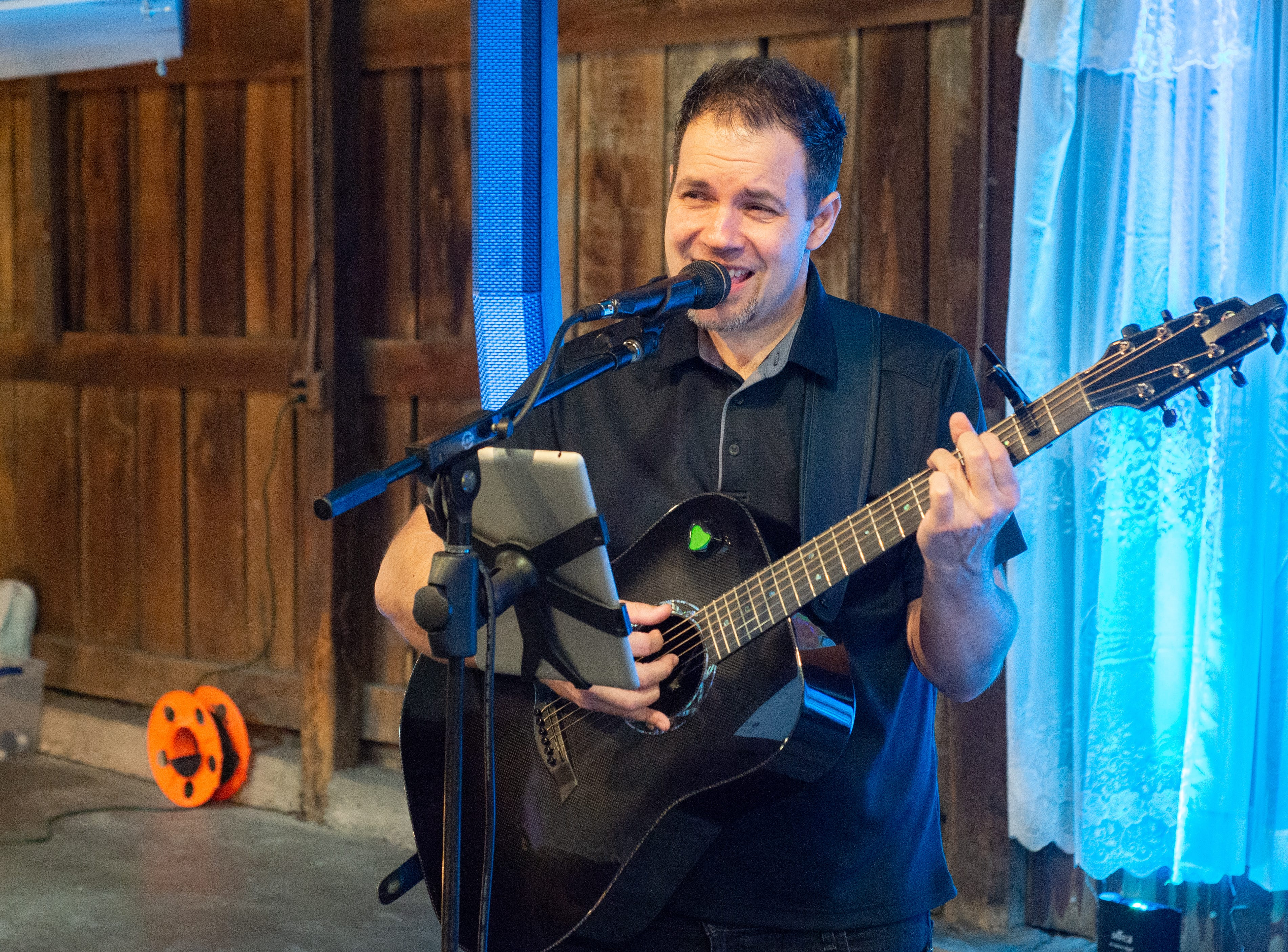 Live music filled the air during the Sumner County Bridal Show at Epic Event Center in Gallatin on Sunday, Jan. 27.