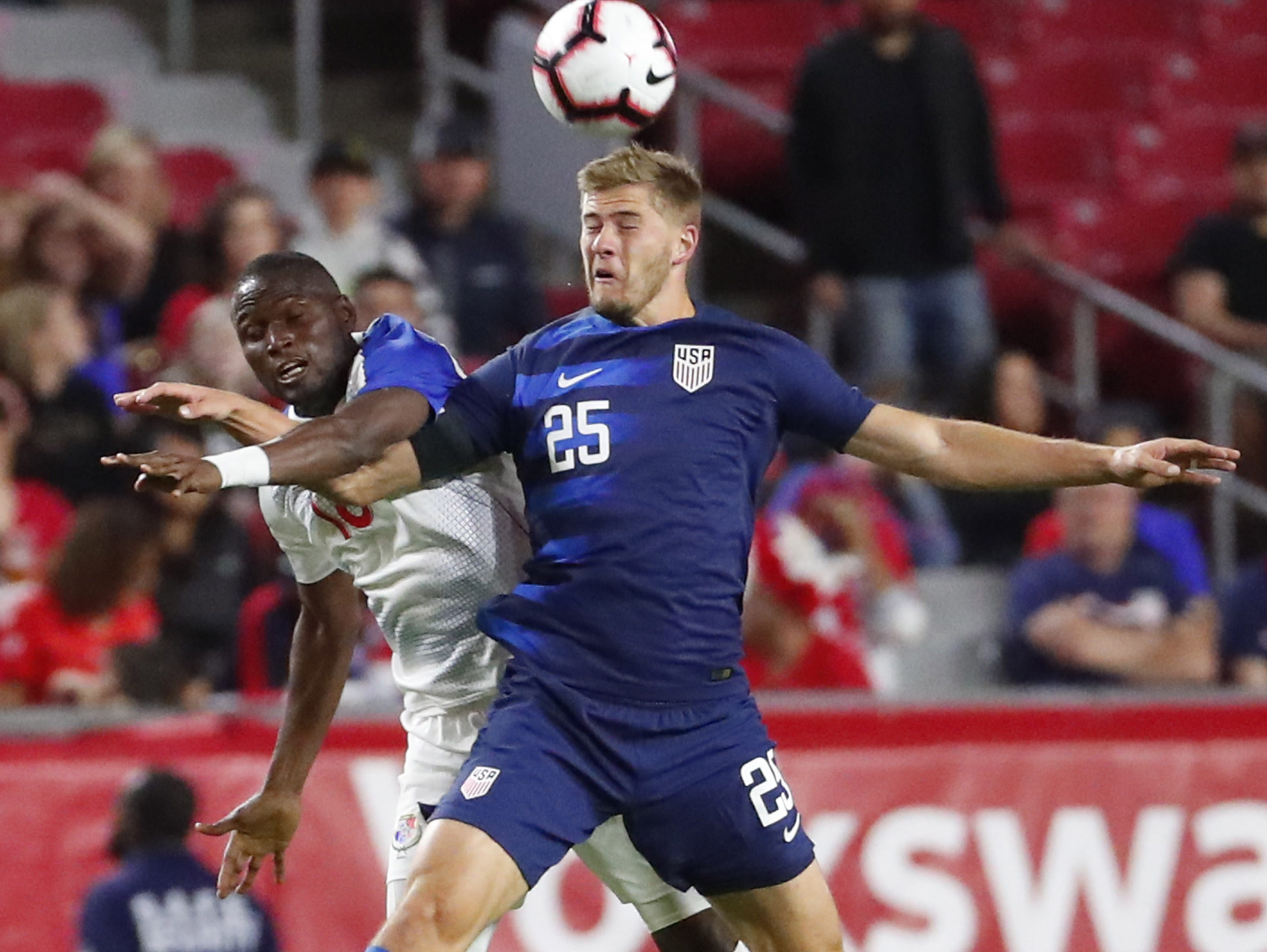 U.S. defender Walker Zimmerman (25) heads the ball while defended by Panama forward Abdiel Arroyo (18) during the first half of a friendly on Jan. 27, 2019 in Glendale, Ariz.