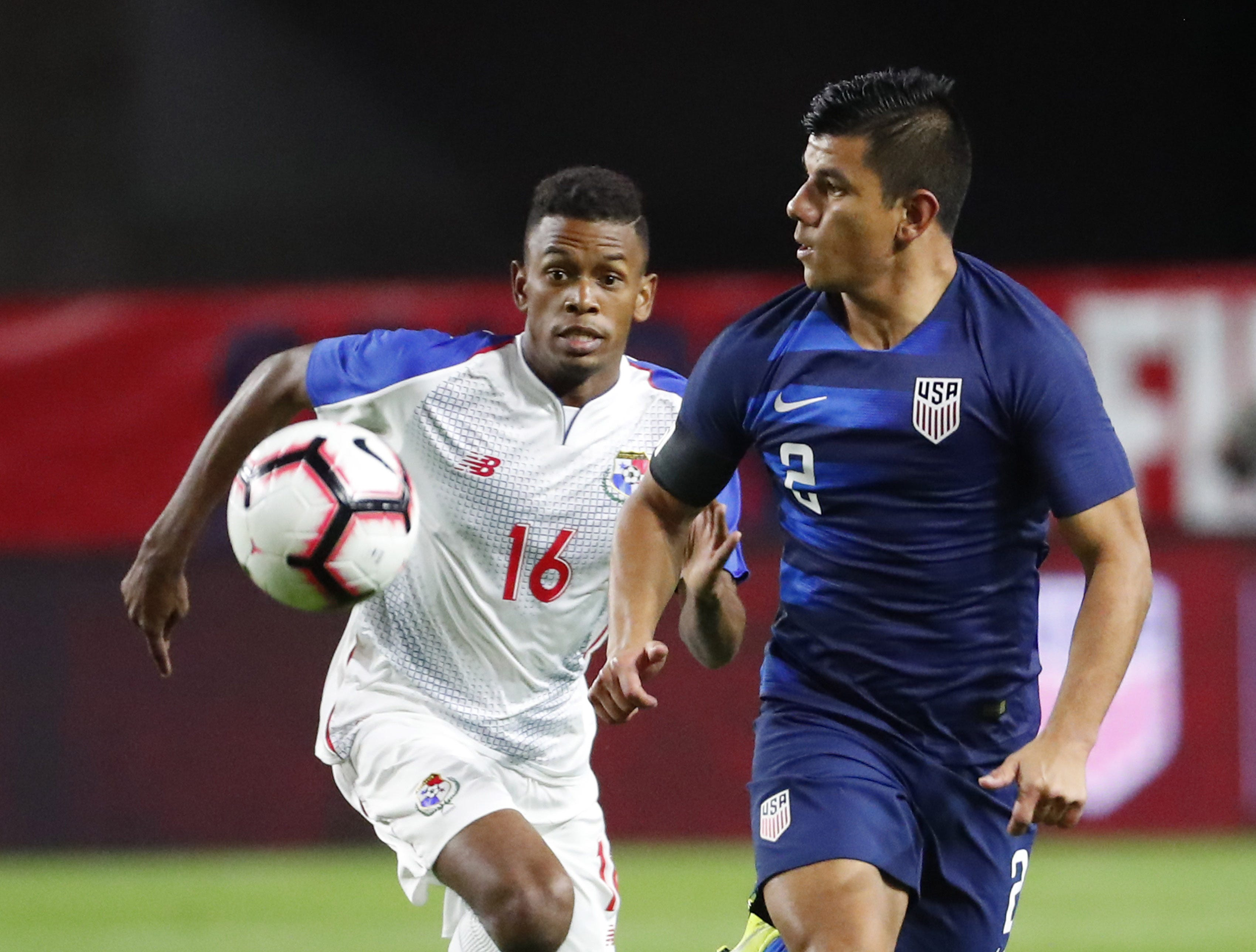 U.S. defender Nick Lima (2) chases the ball down while defended by Panama midfielder Edson Samms (16) during the second half of a friendly on Jan. 27, 2019 in Glendale, Ariz. The U.S. won 3-0.