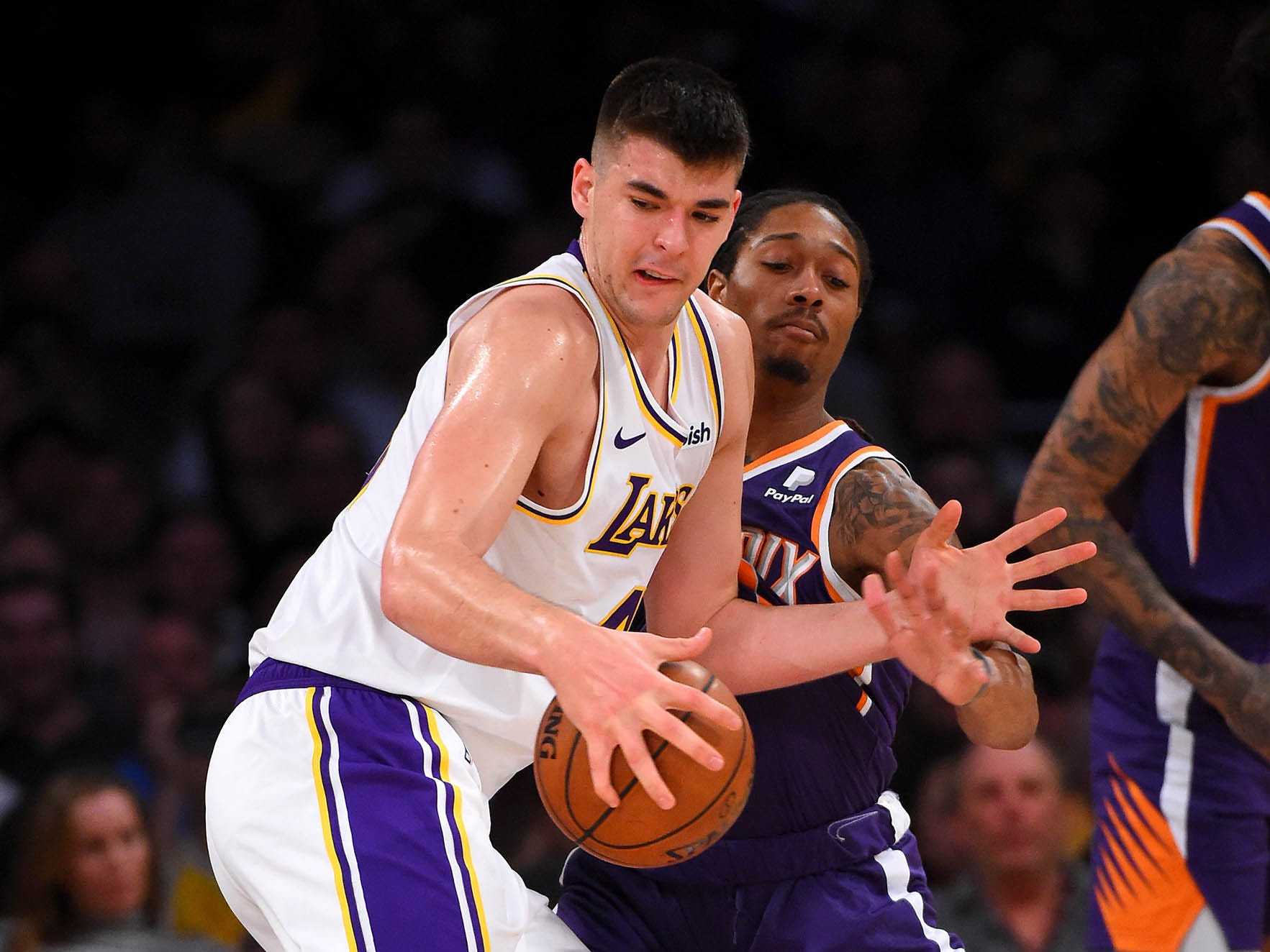 Jan 27, 2019: Phoenix Suns forward Emanuel Terry (10) defends Los Angeles Lakers center Ivica Zubac (40)  in the first half of the game at Staples Center.