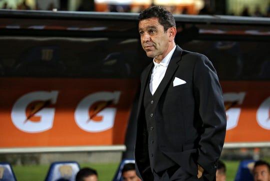 David Patiño apareció para tomar el timón del plantel en el Apertura 2017, su experiencia en el Máximo Circuito se remitía a su participación con Morelia, equipo al que dirigió en el Clausura 2008.