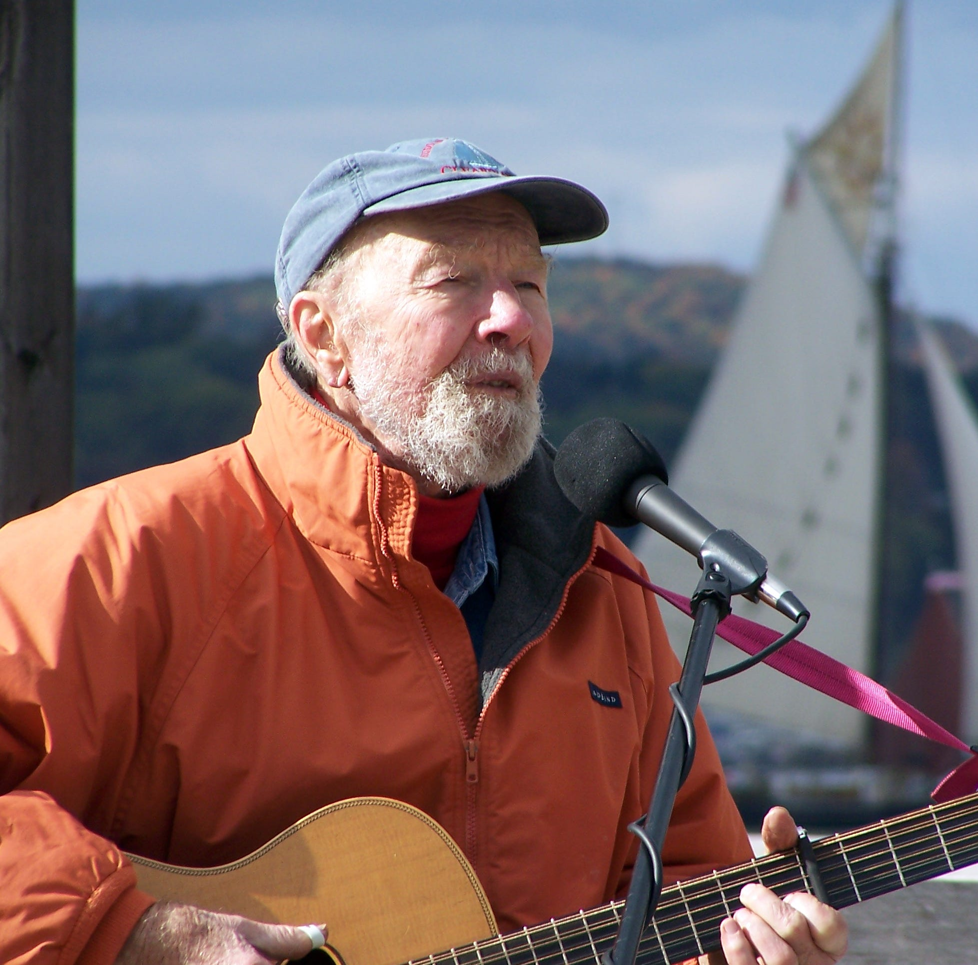 Pete Seeger: Bardavon, Vanaver caravan to mark folk singer's 100th birthday