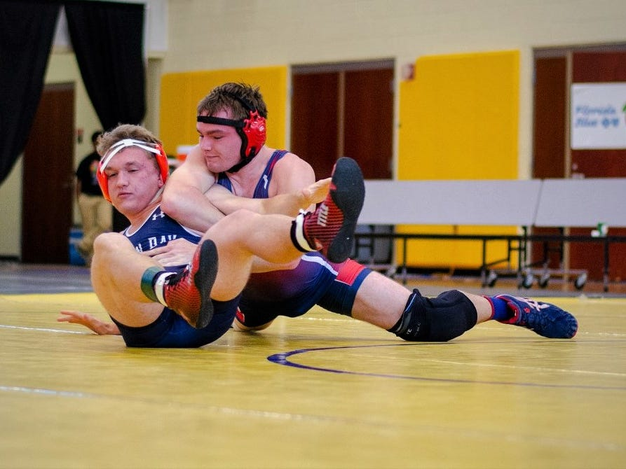 Wakulla wrestling beat Lemon Bay on Saturday in Kissimmee, advancing to the state championship match of the FHSAA Wrestling Dual State Championships. The War Eagles finished as state runner-up, the first time an area team has finished with a state trophy.