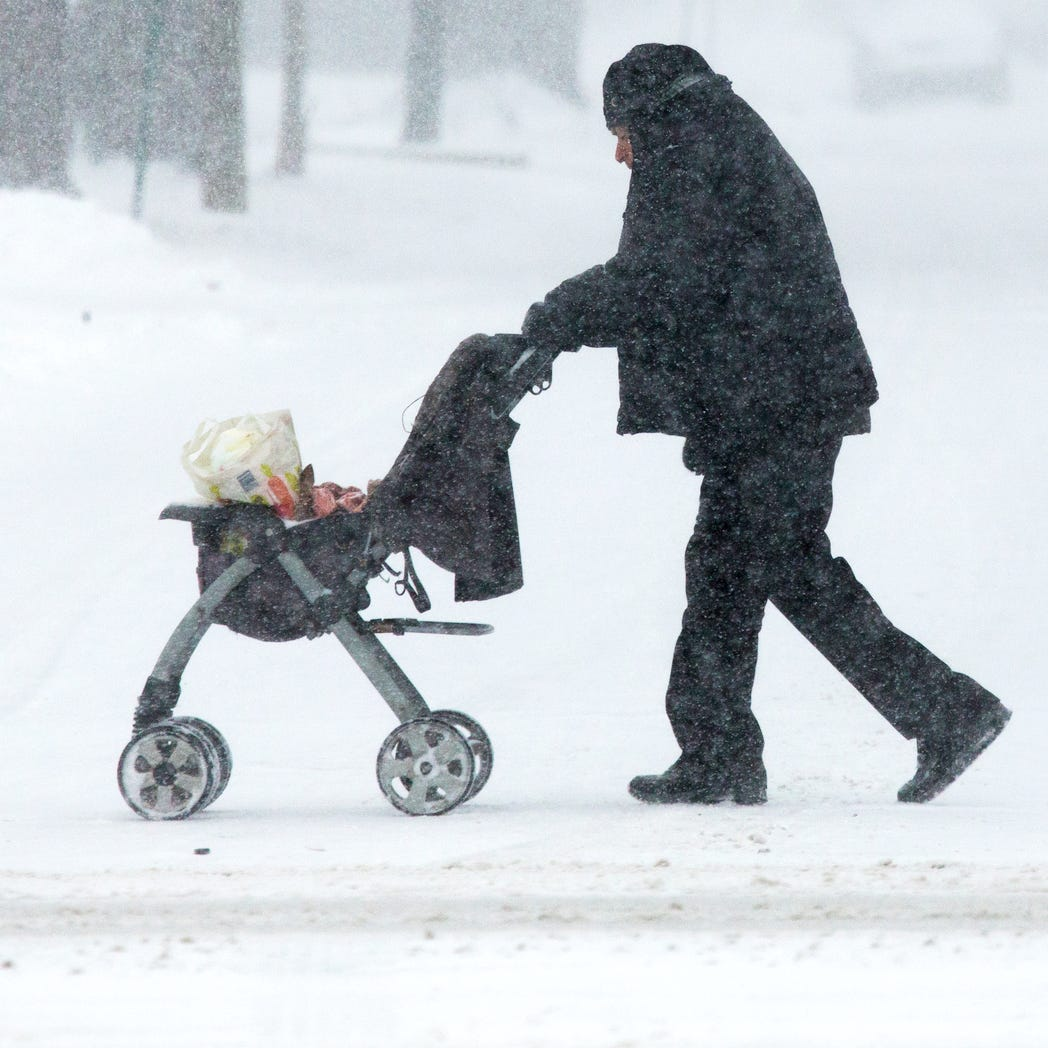 8 things you shouldn't leave in your car in cold weather during polar vortex