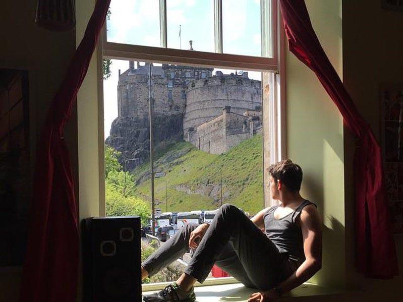 Castle Rock Hostel in Edinburgh can be found on the most popular hostels list.
