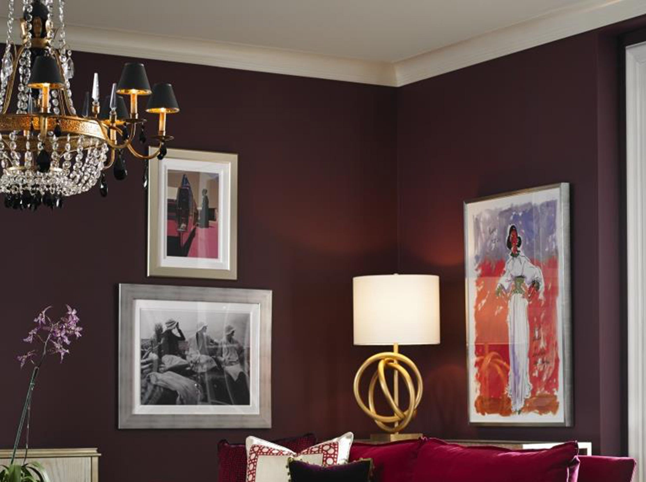 """Velvet is 'it': When it comes to bedding and furnishings, nothing is more touchable than velvet, says design expert Mary Carol Garrity. """"All it takes is a touch of velvet to make a space feel luxurious,"""" Garrity has written."""