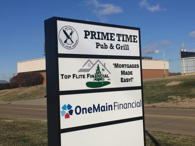 Prime Time Pub & Grill is planning to open in a few weeks at the former site of Beef 'O' Brady's on Bell Oaks Drive in Newburgh.