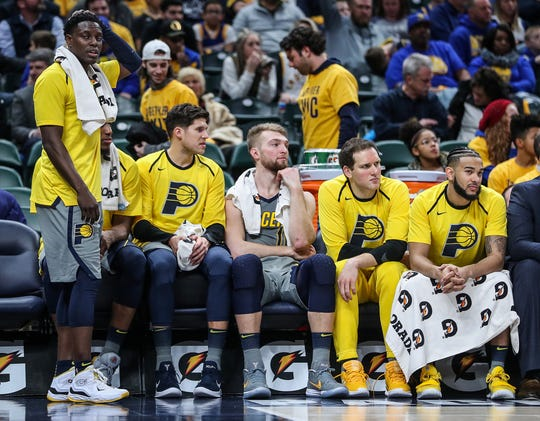 The Indiana Pacers watch the game wind down as the Golden State Warriors become the clear winner at Banker's Life Fieldhouse in Indianapolis, Monday, Jan. 28, 2019. Indiana lost, 100-132.