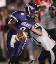 Ben Davis quarterback MarQueis Gray