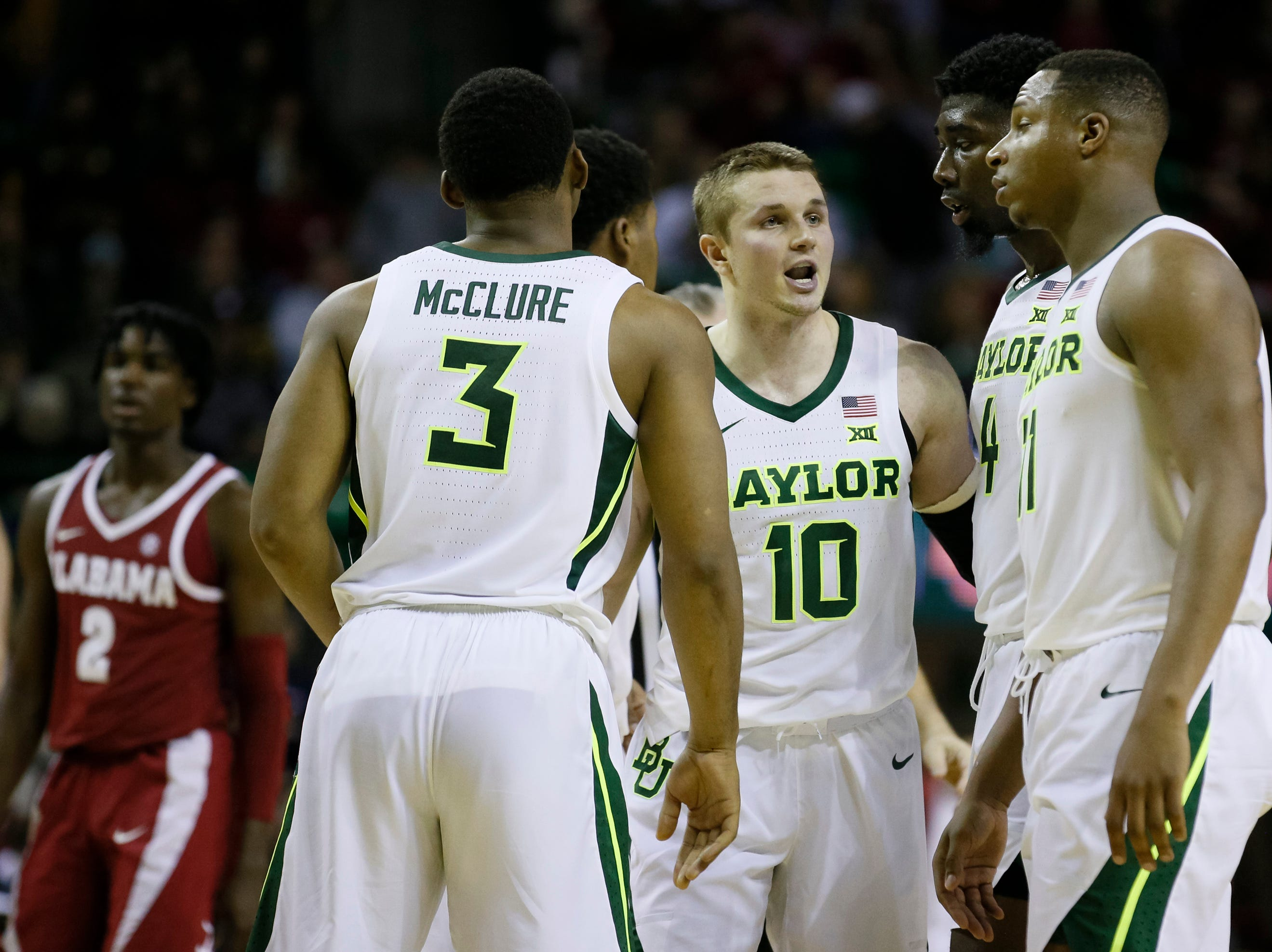 Jan 26, 2019; Waco, TX, USA; Baylor Bears guard Makai Mason (10) huddles the teammates during the second half against the Alabama Crimson Tide at Ferrell Center. Mandatory Credit: Ray Carlin-USA TODAY Sports