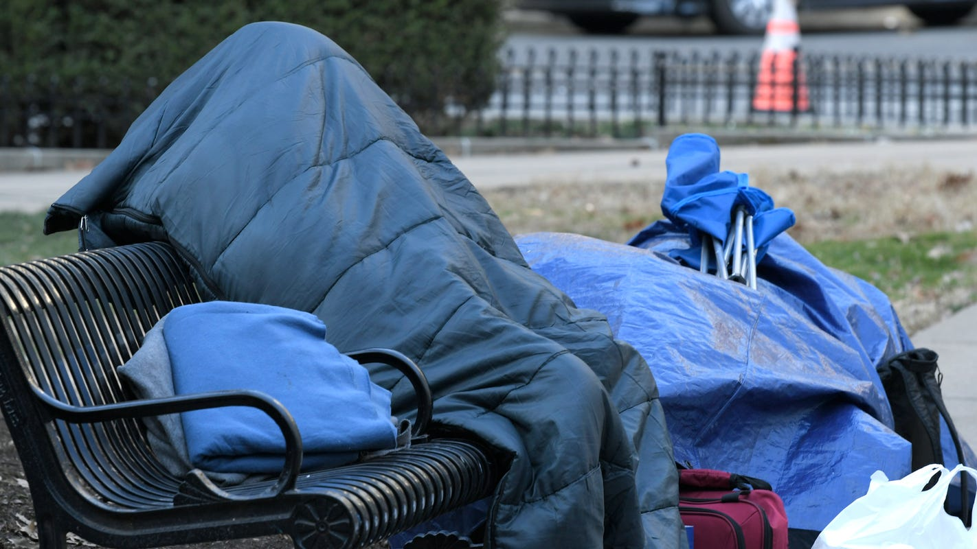Nashville opening overflow cold shelter Saturday night as temperatures fall into 20s