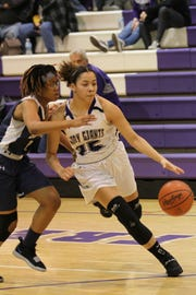 Ross' Mikeaya McLaurin looks to turn the corner.