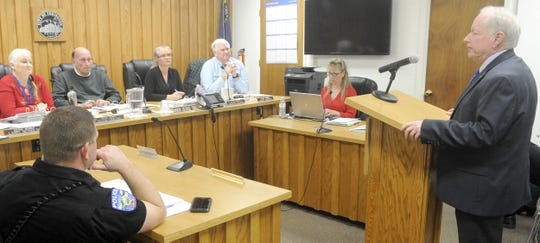 Yerington's new city manager, Robert Switzer, addresses city council.