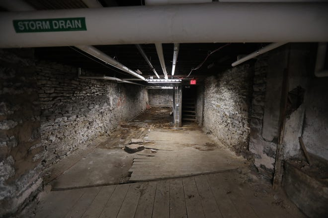 The basement of the former Pizza Stop which was a restaurant called The Quill Room once owned by Frank Valenti, a Rochester mafia figure. Another mafia figure, Jake Russo, was allegedly killed in the basement of this former State Street restaurant. He went missing in 1964 and has never been found.
