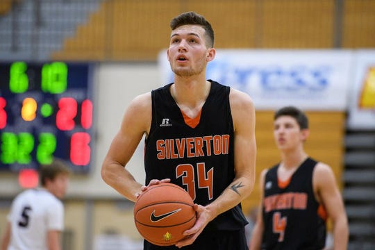 Silverton basketball player Levi Nielsen.