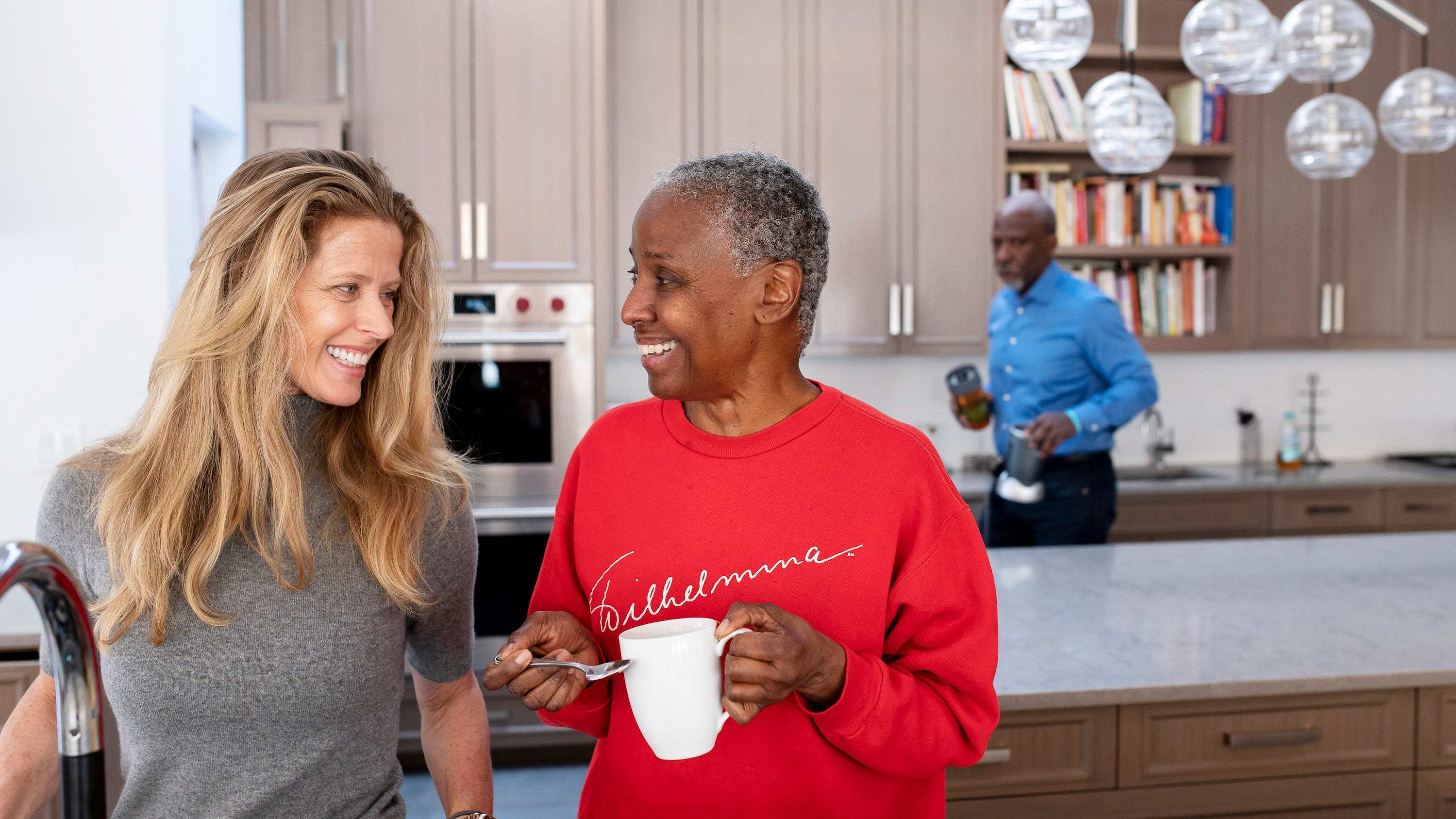 EDITORS NOTE:  THIS IMAGE IS FOR ONE-TIME RIGHTS USAGE IN USATODAY.COM AND USA TODAY ON 1/29/19.  MUST NEGOTIATE THE RATE--RAS.  January 9, 2018 - East Hampton, NY : Alex Lerner, left, and B. Smith share a moment as B. drinks tea in their East Hampton home on Long Island, New York, on Wednesday, Jan. 9, 2019. Early onset Alzheimer's robbed B. Smith – the former model, publisher, and restaurateur – of her career, along with her memory. Today, she is cared for by her daughter, Dana Gasby, husband Dan Gasby, and her husband's girlfriend, Alex Lerner – none of whom she recognizes.