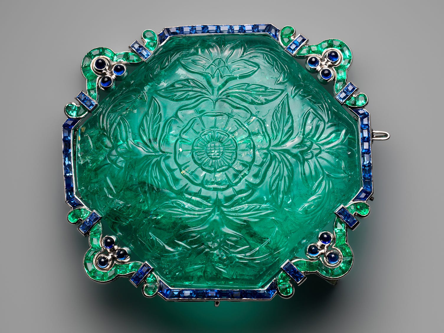 """The Metropolitan Museum of Art in New York has pulled more than 230 items from its collections for the """"Jewelry: The Body Transformed"""" exhibit."""