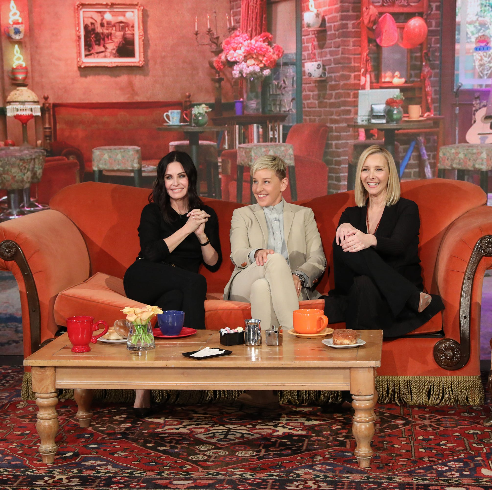 "Courteney, Ellen and Lisa at ""Central Perk."""