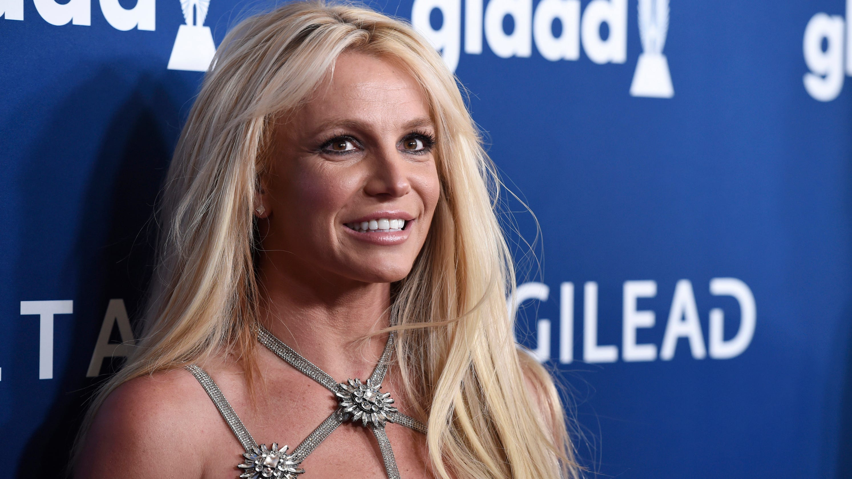 Britney Spears has a secret, gross-out cameo in Demi Moore ...