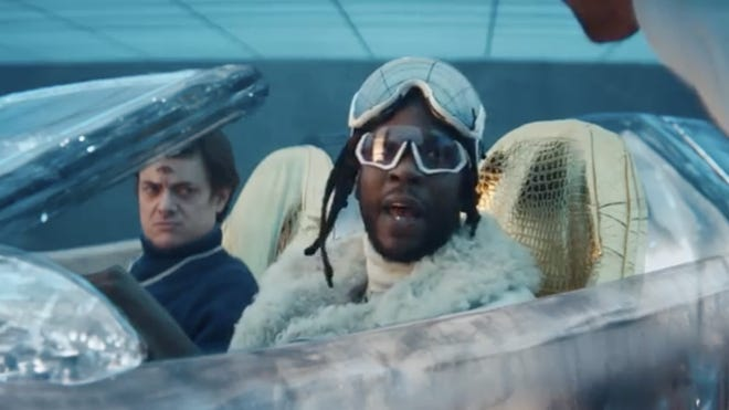 Ad Meter 2019:  2 Chainz and Adam Scott star in Expensify's 2019 Super Bowl ad to help us realize there's an easier way to track expenses.