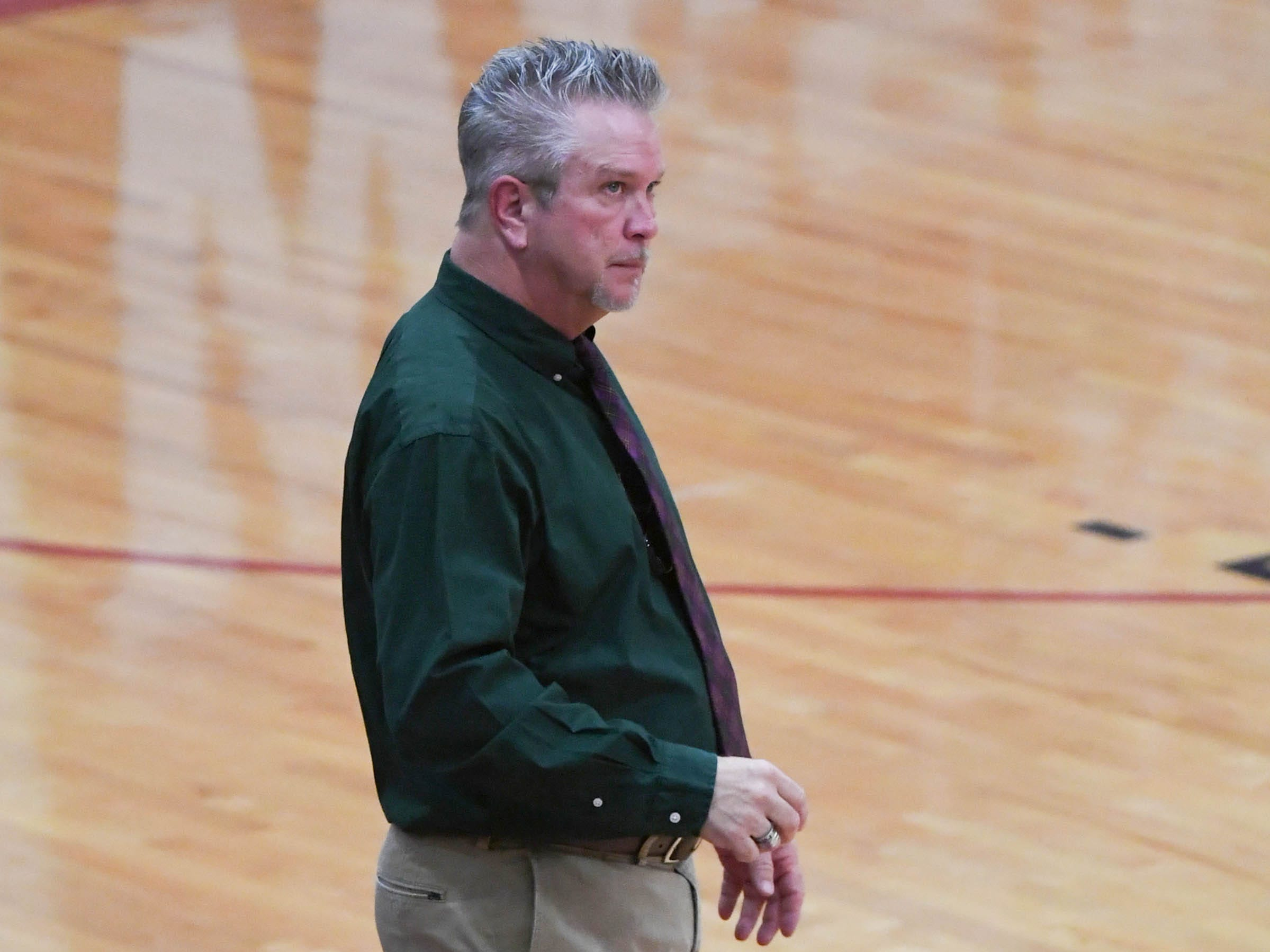 Woodmont head coach Tim Morris watches his team play Westside during the fourth quarter at Westside High School in Anderson on Tuesday.