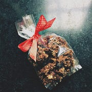 The gift of granola is a simple one to brighten your Valentine's Day.