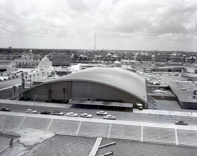 Memorial Coliseum, May 1955
