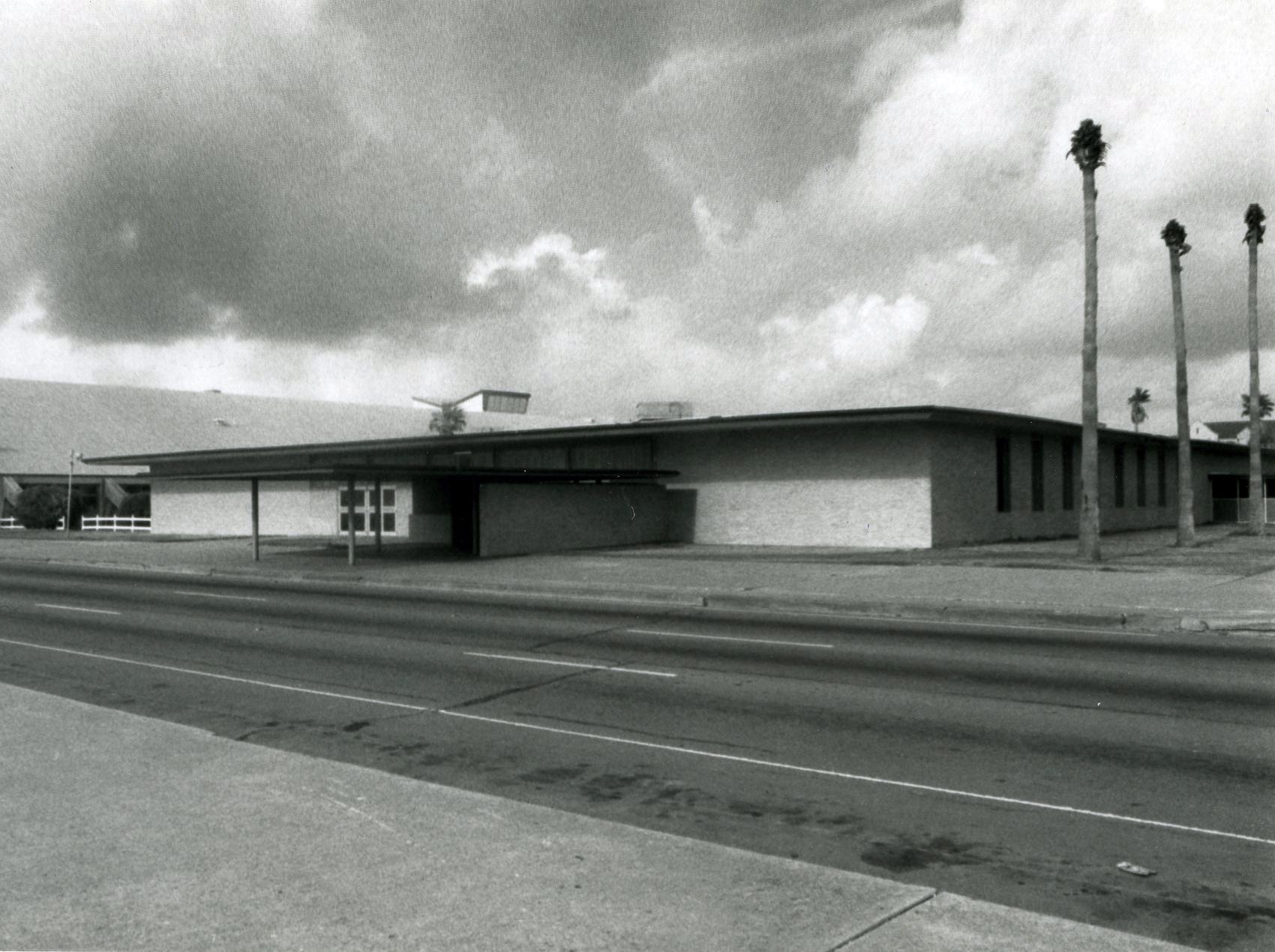 Memorial Coliseum and Exposition Hall. undated.