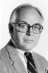 James Flansburg, former Des Moines Register and Tribune writer and editor