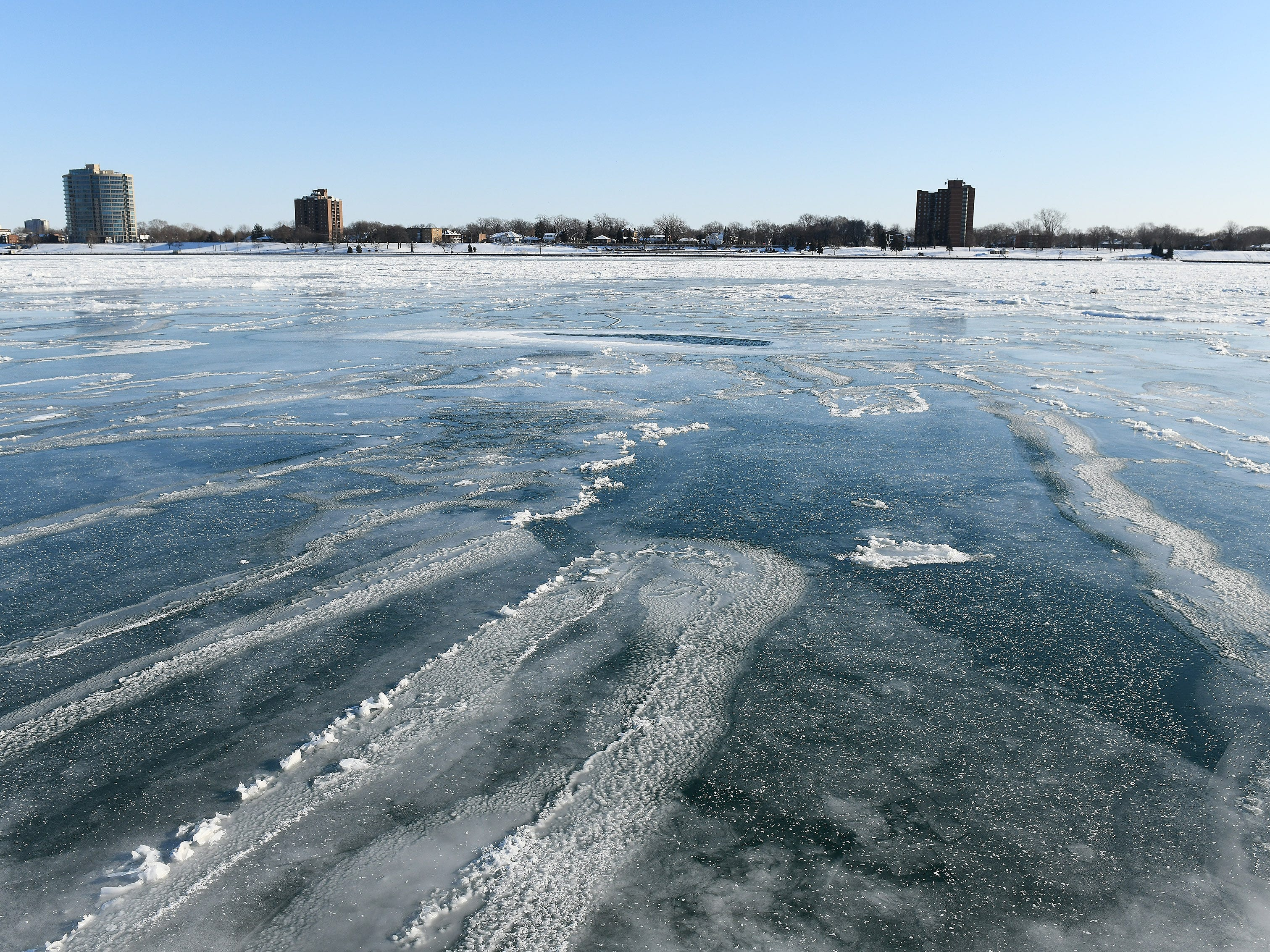 Ice floes on the partially frozen Detroit River.