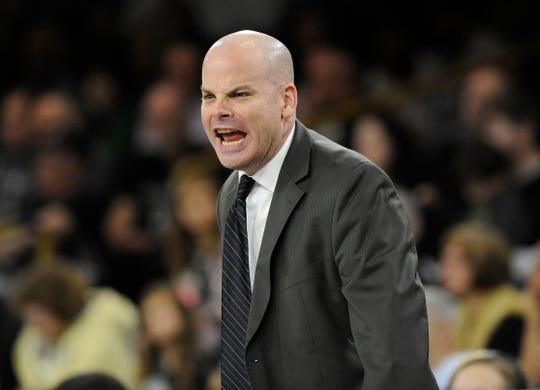 "Oakland women's basketball coach Jeff Tungate will miss the team's next two games to undergo medical evaluation for an issue the school is calling ""non-life threatening."""