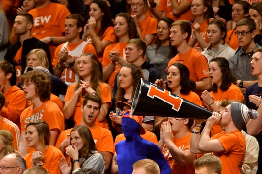 Hope has led Division III men's college basketball in attendance for 16 straight seasons.